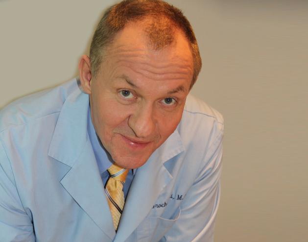 Dr Arkadiusz Grochowski